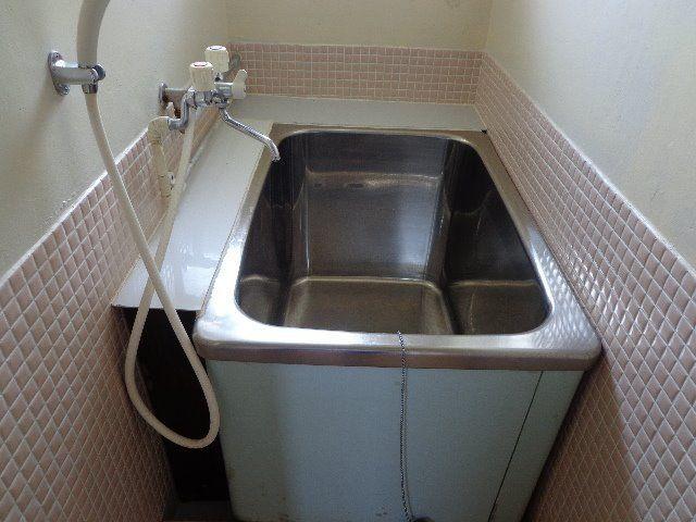 浴槽はステンレス製