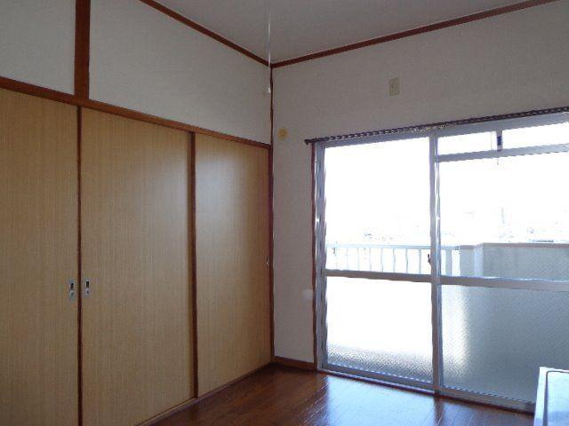 和室との間の戸襖