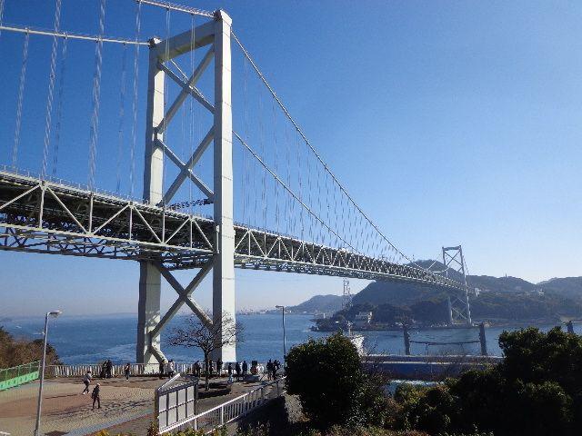 本州と九州を結ぶ吊り橋「関門橋」